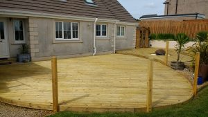Decking Oiling