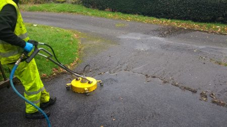 Tarmac CLEANING Thornthwaite